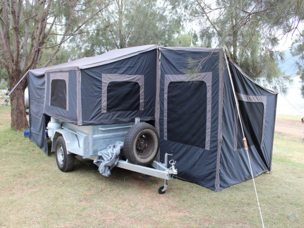 Galvanized-Camper-Trailer-2