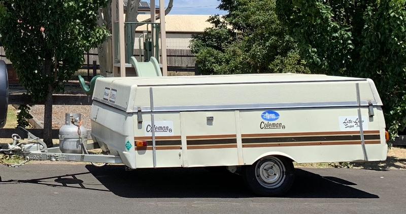 Viscount-Coleman-camper